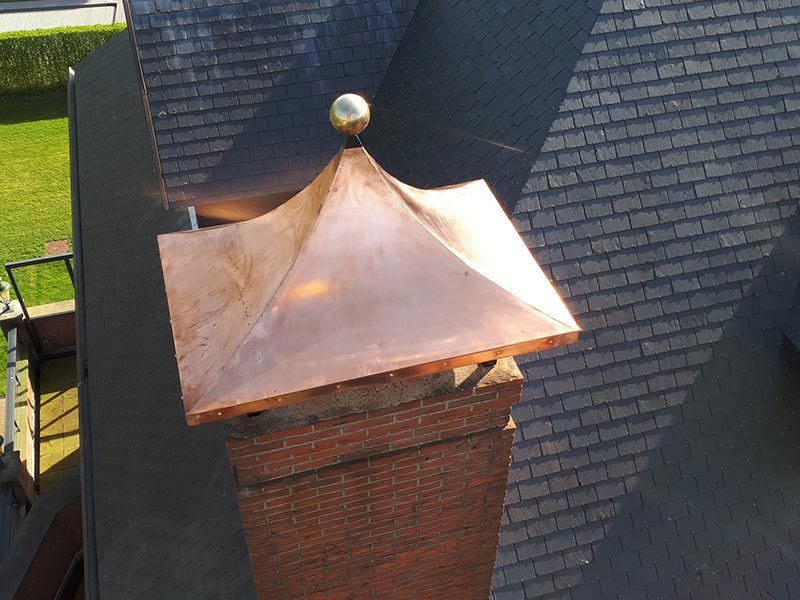 van der Meulen Metaalbewerking - Siersmeedwerk - Schoorsteenkap - small